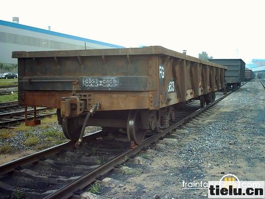 首页 铁路风景 机车设备            货车车厢(八)           货车