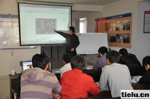 视频电教讲解.jpg