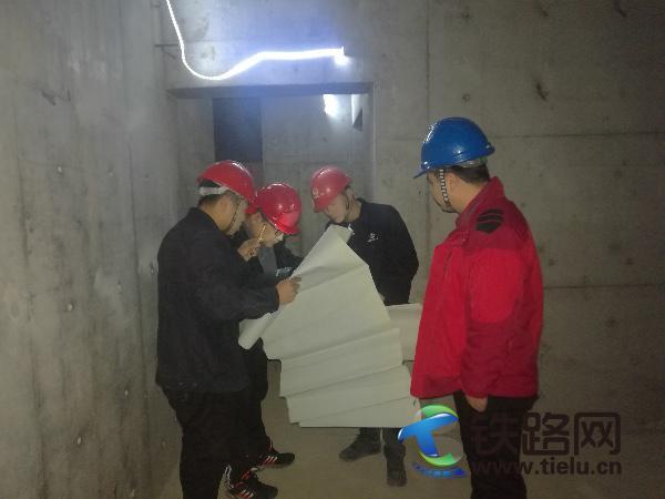 2.地下室结构检查.jpg