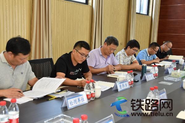 9月7日到9日,河南省公路管理局专家组到焦作焦温公路开发有限公司及国道207焦作至温县段改建工程项目部检查指导工作.JPG