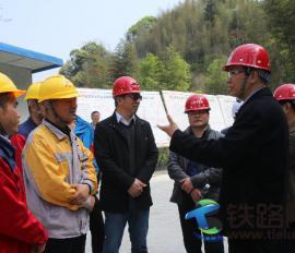 福建省高指副总指挥、省高速公路公司总经理陈岳峰至莆炎A1项目调研