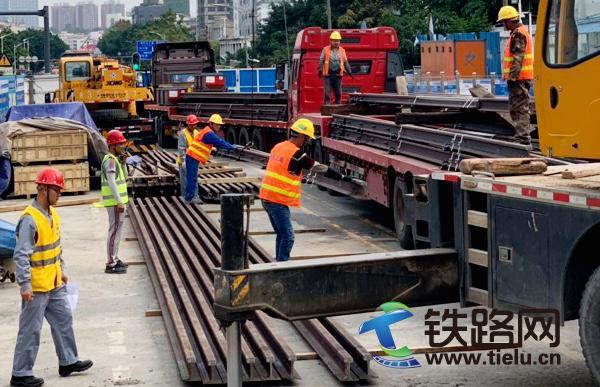 中铁三局线桥公司深圳地铁4号线三期工程道岔