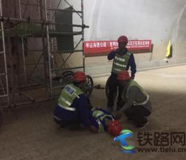 中铁八局电务公司寻沾高速公路机电项目部开展生产事故应急预案演练活动