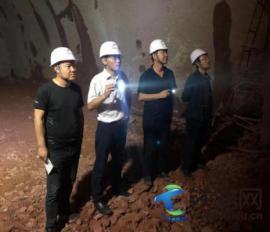 中铁二十一局四公司总经理、党委副书记朱建军到玉磨铁路项目检查指导工作